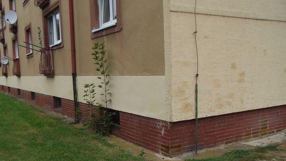Fotografie domu před rekonstrukcí
